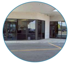 Single-Story Storefront Window Cleaning in San Marcos, TX